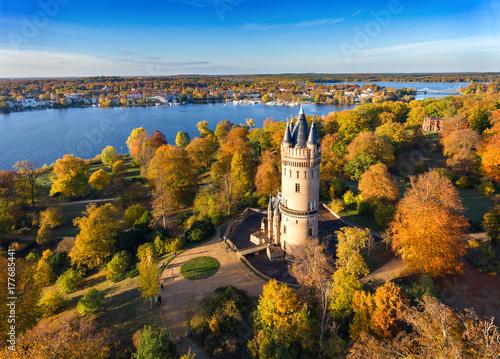 Flatow Tower Park Babelsberg mit Glienicker Brücke in Potsdam, Germany Poster