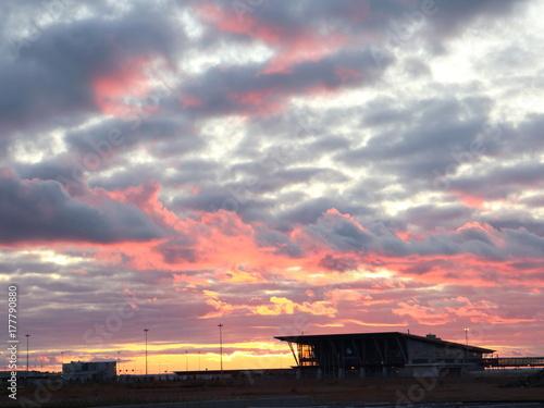 Papiers peints Lavende evening cumulus clouds at sunset