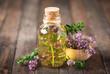 Leinwanddruck Bild - Thyme essential oil