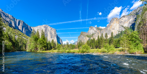 Valley View, Yosemite National Park, California, USA Poster