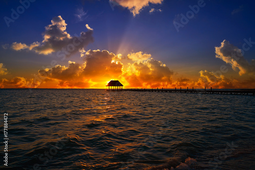 Foto op Aluminium Oude gebouw Holbox island sunset beach pier hut Mexico