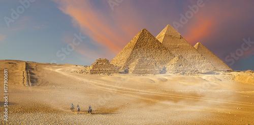 Piramidi  di Giza, Egitto