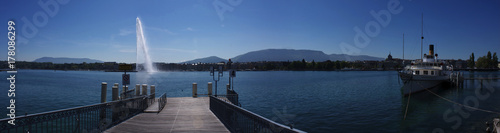 Fotobehang Pier Panorama lac Genève