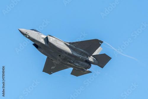 obraz PCV F-35 Flying