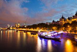 London at dawn. View from Golden Jubilee bridge - 178253217