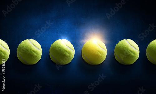 Aluminium Tennis Big tennis minimal design