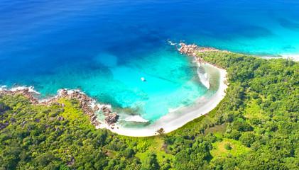 Strand auf den Seychellen - Luftaufnahme