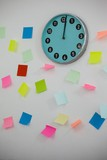 Adhesive notes with clock on wall - 178375228