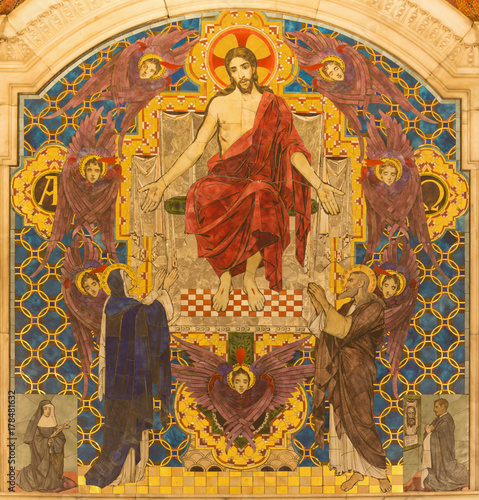 LONDON, GREAT BRITAIN - SEPTEMBER 17, 2017: The tyled mosaic of Jesus Christ the Pantokrator in Westminster cathedral designed byClayton & Bell (begin of 20. cent.). © Renáta Sedmáková