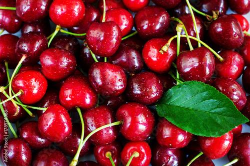 Aluminium Kersen A lot of sweet cherries. Background.