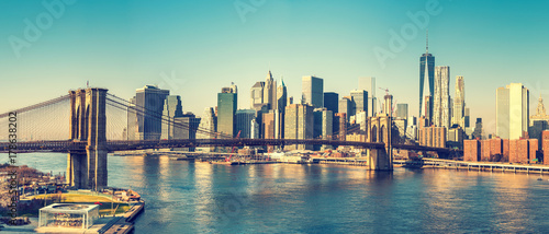 Brooklyn bridge and Manhattan at sunny day, New York City - 178638202
