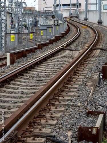 Fotobehang Spoorlijn カーブする線路