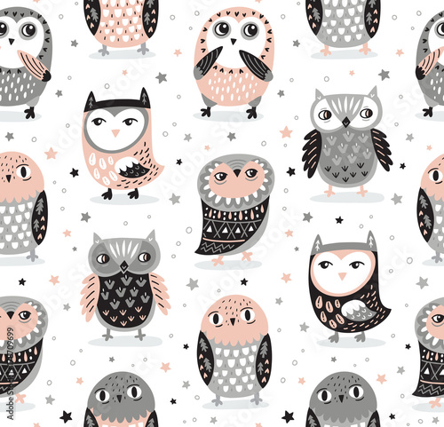 vector-seamless-pattern-with-cartoon-owls-nursery-decor