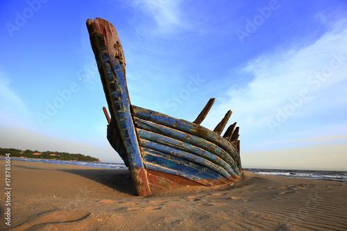 Fotobehang Schip Docked the ship
