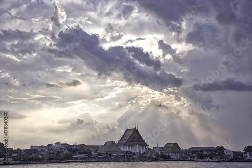 Foto op Plexiglas Bangkok Chao Phraya river, sunset