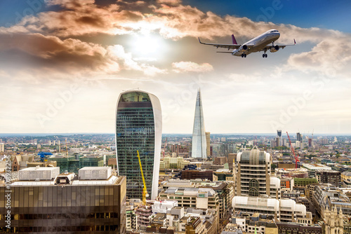 Foto op Plexiglas London New skyline of London with beautiful sky