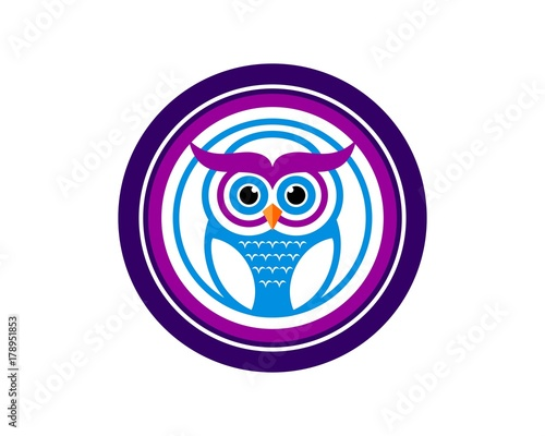 Foto op Plexiglas Uilen cartoon learning owl