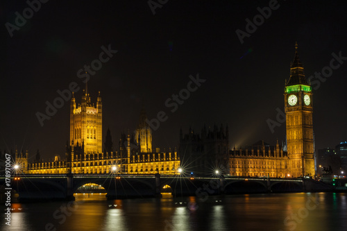 Fotobehang Londen Houses of Parliament, Big Ben and Westminster Bridge, London at Night
