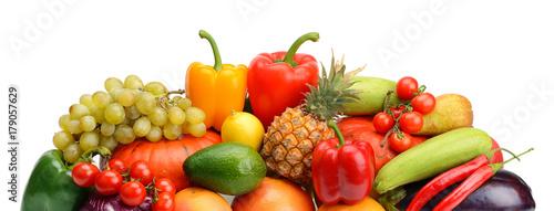 Fotobehang Verse groenten fruit and vegetable isolated on white background