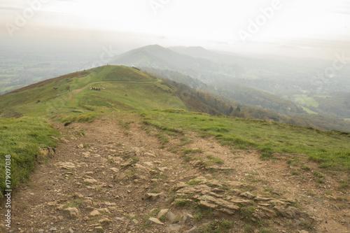 Fotobehang Wit Malvern hills
