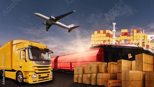 Sticker Warentransport mit LKW, Flugzeug, Schiff und Bahn