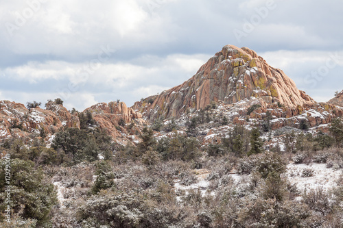 Fotobehang Arizona Winter snow on the Granite Dells Prescott Arizona