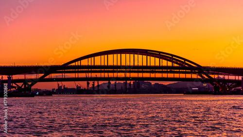 Fotobehang Koraal 神戸大橋