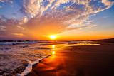 Fototapety オレンジ色の湘南の海