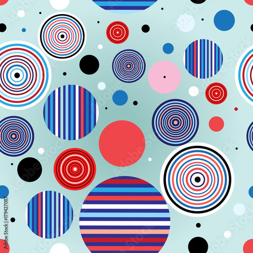 Seamless geometric pattern © tanor27
