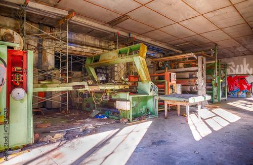 Fotobehang Gebouw in Puin Verlassene Fabrik