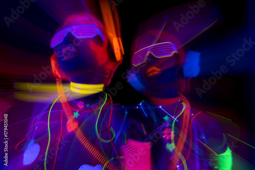 Poster glow uv neon sexy disco female cyber doll