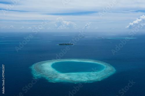 Fotobehang Tropical strand Maldives from air plan