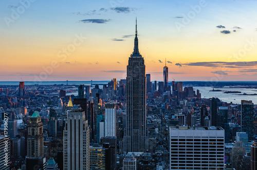 In de dag Rio de Janeiro Special lights at sunset in NYC, USA