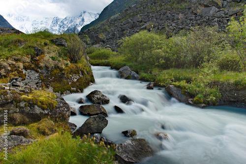 Aluminium Bergrivier Summer on the rivers of Mountain Altai