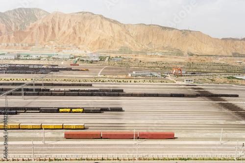 Papiers peints Voies ferrées railroad tracks near rocky hill