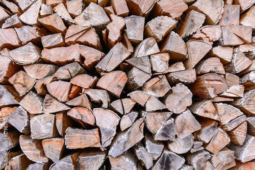 Papiers peints Texture de bois de chauffage Holz auf dem Stapel - Brennholz geschnitten