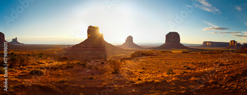 Fotobehang Arizona Monument valley at sunset