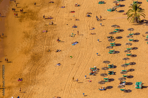 Deurstickers Canarische Eilanden Playa de Las Teresitas near Santa Cruz de Tenerife