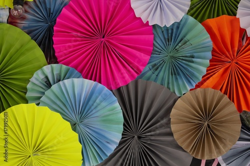 Juliste Recycled paper folding umbrella, with multi color, are decorated as background or backdrop