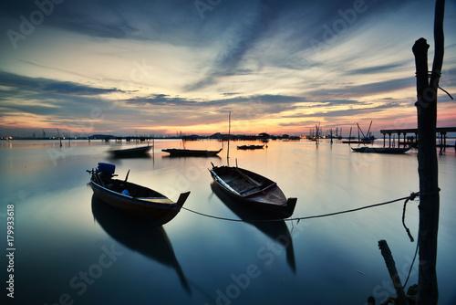 Foto op Canvas Zee zonsondergang awasome sunset from hinterland village
