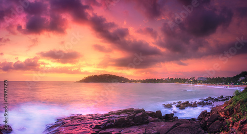Aluminium Zalm Tropical beach on sunset
