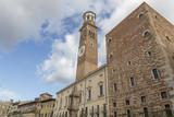 Torre dei Lamberti in Verona, Italien - 179985822