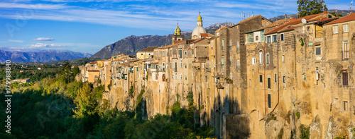 Fotobehang Freesurf Sant'agata de Goti -impressive medieval town on the rock . Italy,Campania