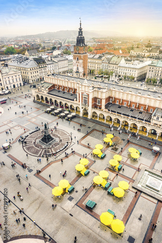 Foto op Plexiglas Krakau Cloth's Hall and Old City Hall Tower on Market Square, Krakow, Poland