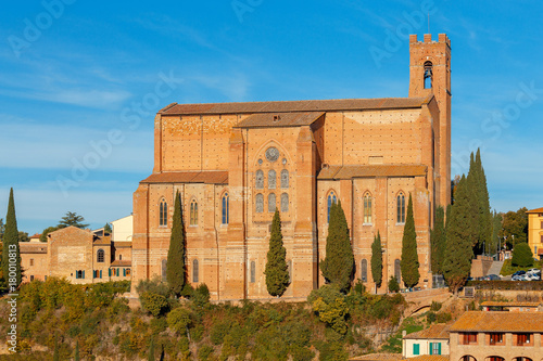 Deurstickers Toscane Siena. Basilica of St. Dominic.