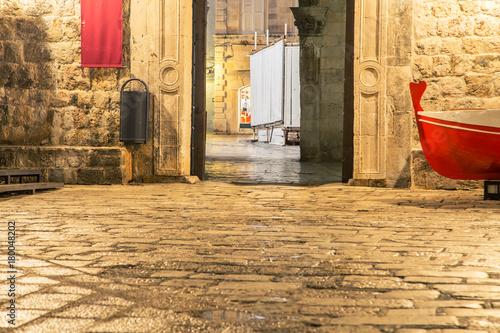 Fototapeta Empty doorway and street