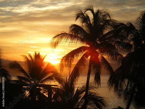 Fotobehang Zee zonsondergang Sunset, Melaque Mexico
