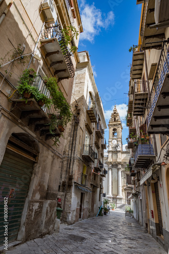 Fotobehang Smalle straatjes CITTA' DI PALERMO