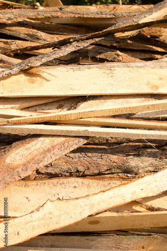 Foto op Plexiglas Brandhout textuur firewood on construction site as an abstract background