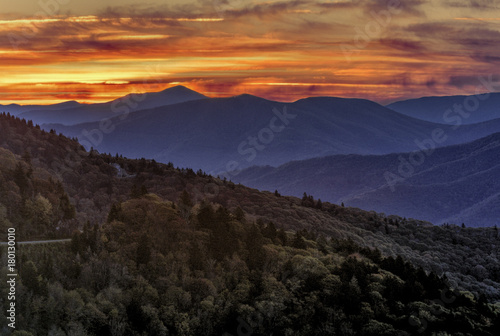 Foto op Plexiglas Ochtendgloren Sunrise On the Blue Ridge Parkway